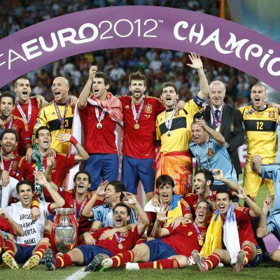 Espanja juhlii EM-kultaa 2012.