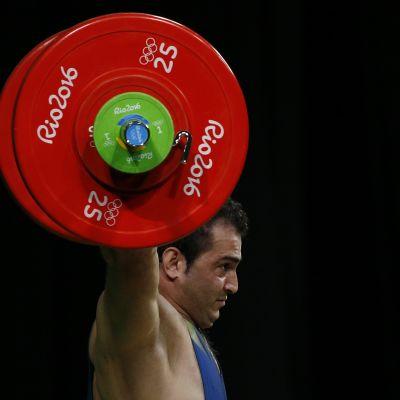 Sohrab Moradi lyfte nytt världsrekord i Turkmenistan.