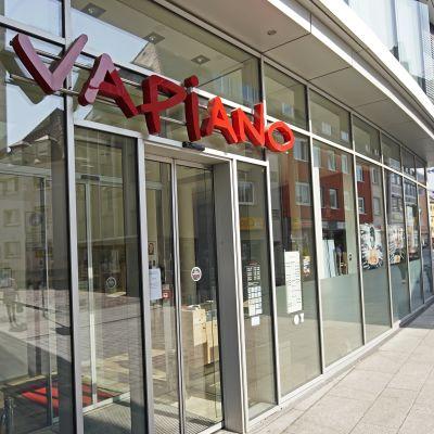 kuvassa Vapiano -ravintolan julkisivu.