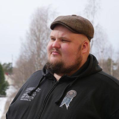Aseman Lapset Ry:n Kajaanin hankekoordinaattori Miikka Kortelainen.