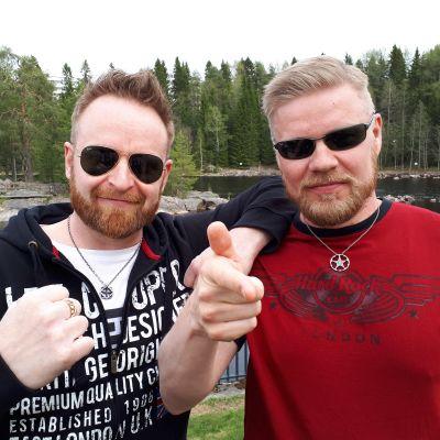Soulhealer yhtyeen kitaristi Teemu Kuosmanen ja laulaja Jori Kärki.