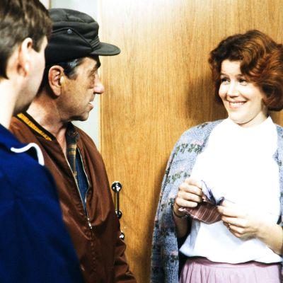 Kotirappu-tv-sarjassa 1987 näyttelijät Matti Viironen (roolinimi Eero Anttila), Ahti Haljala (roolinimi Eelis Liimatainen) ja Riitta Räty (roolinimi Sirkka Jaakkola).