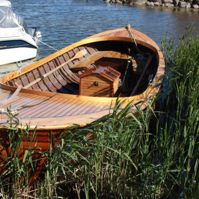 Träbåten är Tobias Udds sommarfordon