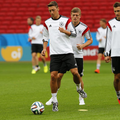 Tyskland tränar under fotbolls-VM i Brasilien 2014.
