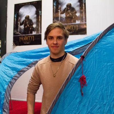 Terra Tevajärvi är först i kön för att få biljetter till premiären av The Hobbit.
