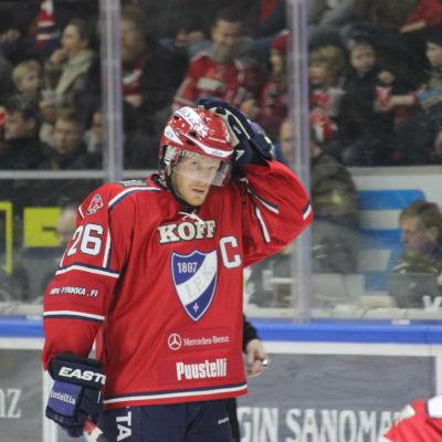 Toni Söderholm, HIFK:s kapten.