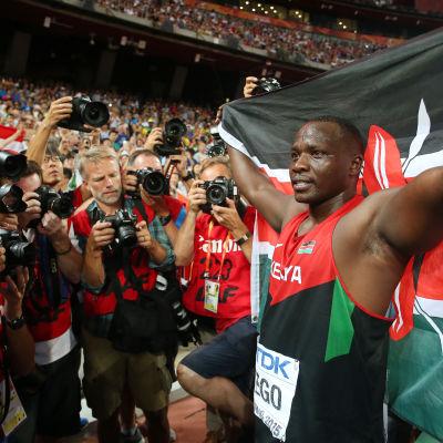 Julius Yego vann VM-guld i spjutkastning.