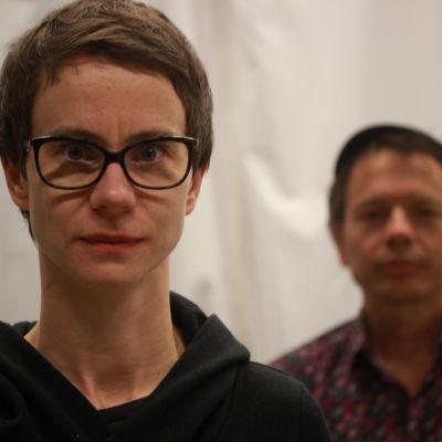 Milja Sarkola och Tomas Jansson.