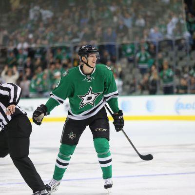 John Klingberg gör succé i NHL.