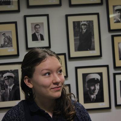 vuoden 2016 lukiolaisten liiton puheenjohtaja elli luukkainen töölön toimistolla