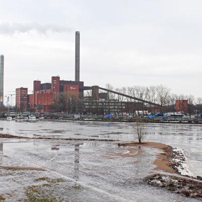 Hanaholmens kraftverk, bild tagen från Havshagen i februari 2016