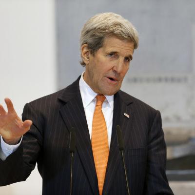 USA:s utrikesminister John Kerry hooppas att avtalet om ett eldupphör kan förverkligas redan inom några dagar