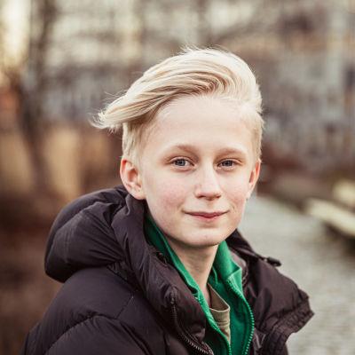 Elis Gerdt spelar Sune Andersson.