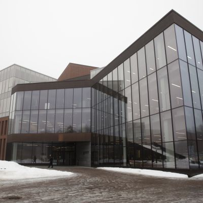 Aalto-yliopiston kauppakorkeakoulu ulkoa.