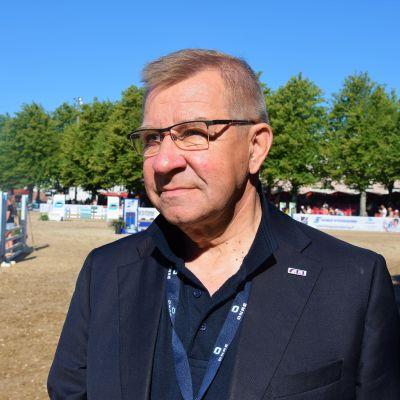 Matti Karkkolainen är domare vid Finlands Ryttarförbund.