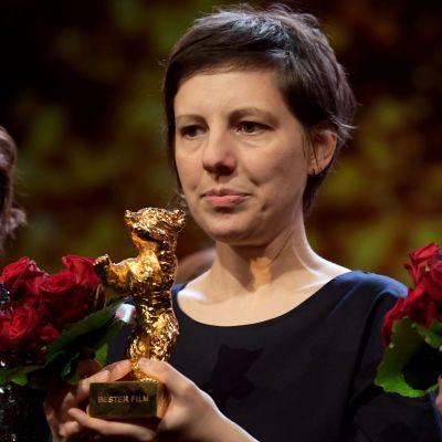 Adina Pintilie, som fick priset för bästa film.