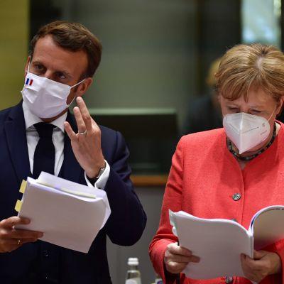 Saksan liittokansleri Angela Merkel ja Ranskan presidentti Emmanuel Macron