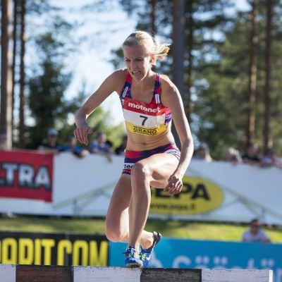 Camilla Richardsson springer hinder, Lapinlahti 2017.