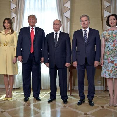 Bild av Melania och Donald Trump, Vladimir Putin, Sauli Niinistö och Jenni Haukio
