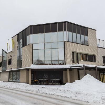 Vanha Halpa-Hallin kiinteistö Kokkolassa.