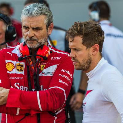 Maurizio Arrivabene och Sebastian Vettel