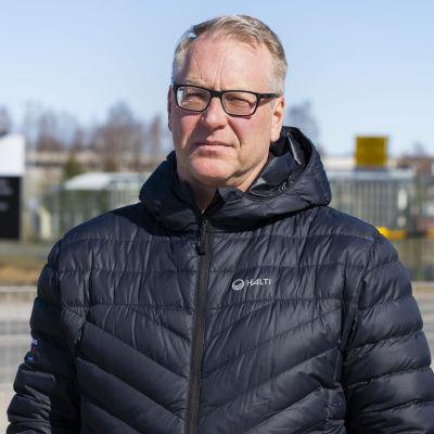 Paperiliiton puheenjohtaja Petri Vanhala