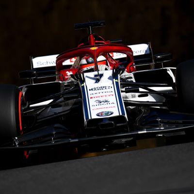 Kimi Räikkönen Bakun katuradalla.