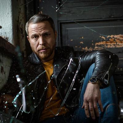 Trauma-sarjan juontaja Jere Tiihonen
