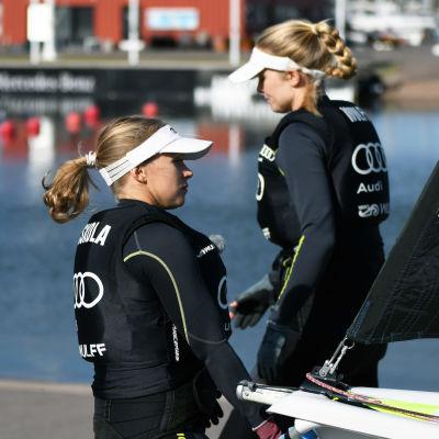 Noora Ruskola och Mikaela Wulff i Helsingfors hösten 2020.