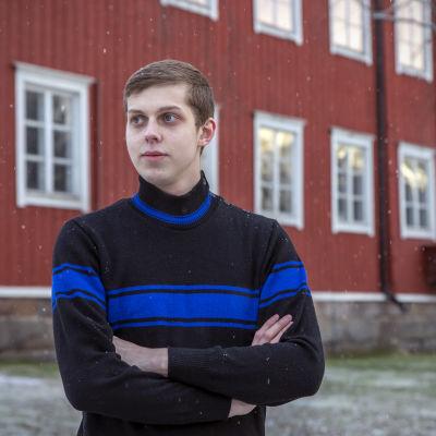 Jaakko Kosola on Vihtori Kosolan pojanpojanpojanpoika.
