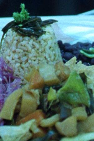 Makrobiotisk mat på tallriken.