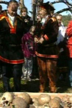 En samisk begravningsceremoni vid Enare träsk, 1995