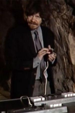 mauri antero numminen i porthanias källare,  1996