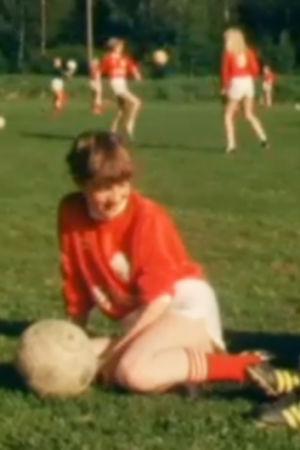 Flickor spelar fotboll, 1984