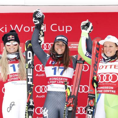 Lindsey Vonn, Sofia Goggia och Ilka Stuhec på prispallen.