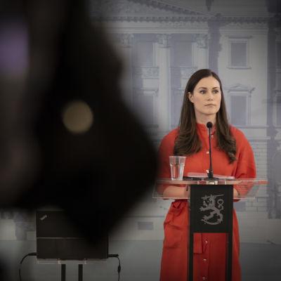 Statsminister Sanna Marin vid statsrådets presskonferens.