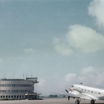 Malmin lentokenttä vuonna 1954. Kuva: Aukusti Tuhka.
