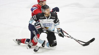 Micke-Max Åsten och Casimir Jürgens i närkamp.