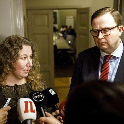 Heidi Nieminen och Tuomas Aarto intervjuas.