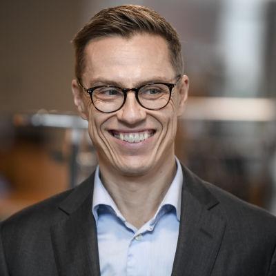 En glad och leende Alexander Stubb