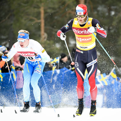 Iivo Niskanen och Martin Johnsrud Sundby i världscupen i Falun i januari 2017.