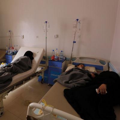 Kolerapatienter på ett sjukhus i huvudstaden Sanaa i Jemen