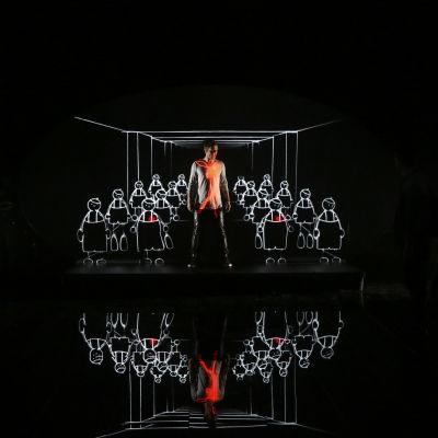 Måns Zelmerlöw på Eurovisionsscenen.