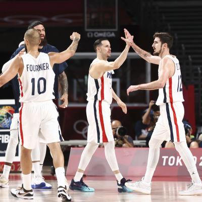 Ranska juhlii olympiafinaaliin menoa