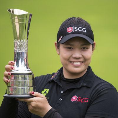 Ariya Jutanugarn vinner Thailands första major!