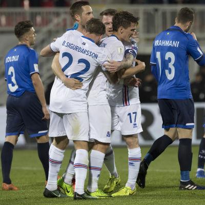 Island firar mål mot Kosovo