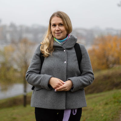 Katja Marova Lappeenrannan Linnoituksen valleilla.