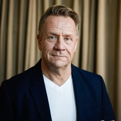 Olli Lindholm.