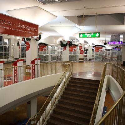 Viking Lines tomma terminal i Åbo hamn.
