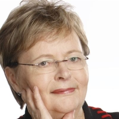 Liisa Jaakonsaari.
